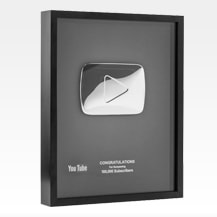 Cómo conseguir la placa de YouTube